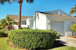 892 Waterside Lane Bradenton Front View